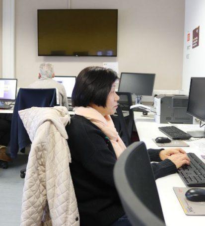 digital inclusion classes in glasgow scotland uk